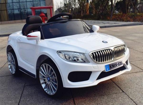 Automobil za decu (BMW) 236 beli na akumulator sa daljinskim